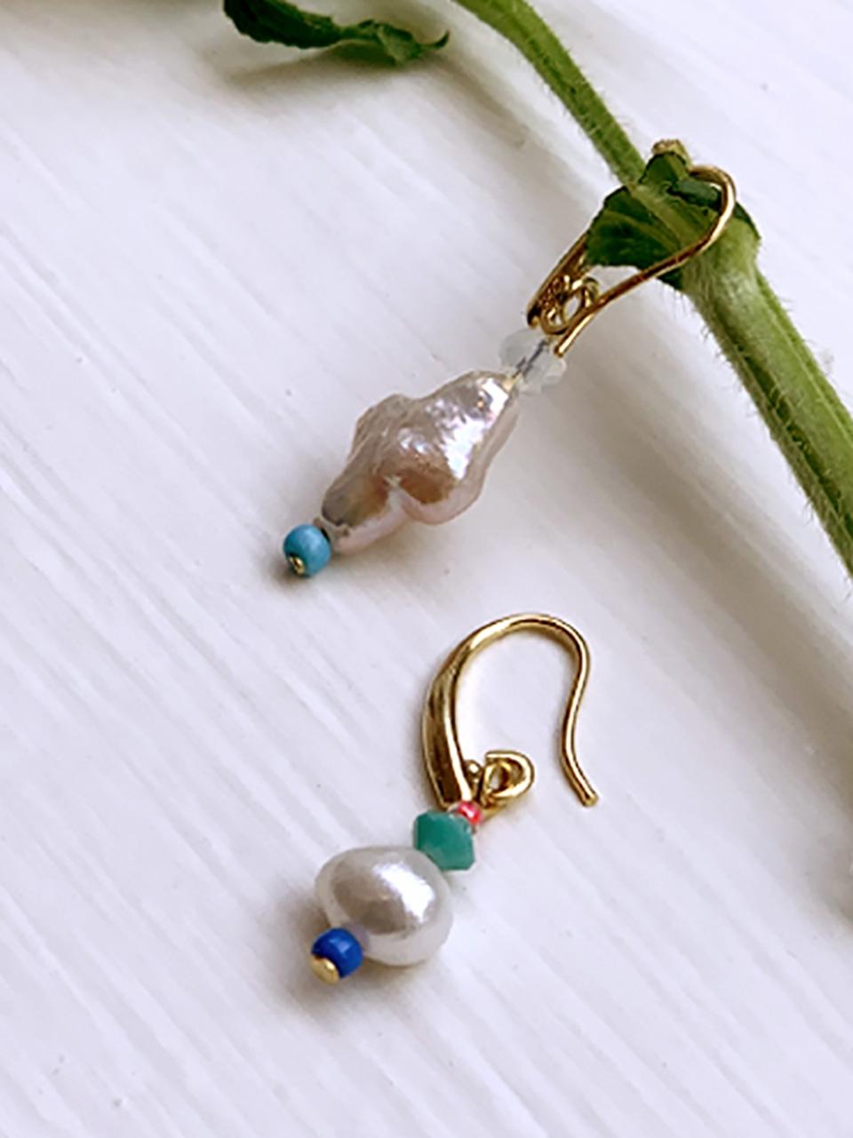 Beaded hooked earrings