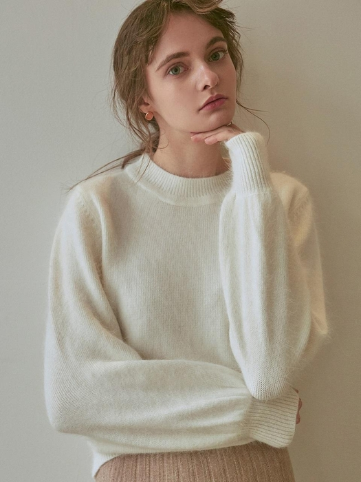 Special Mohair Sweater Ivory by Yan13