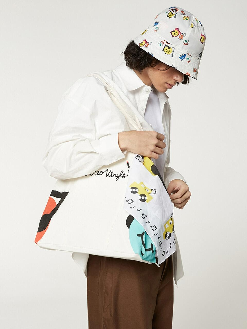 SV X Sandomi Studio] Hucle Tote Bag_Ivory