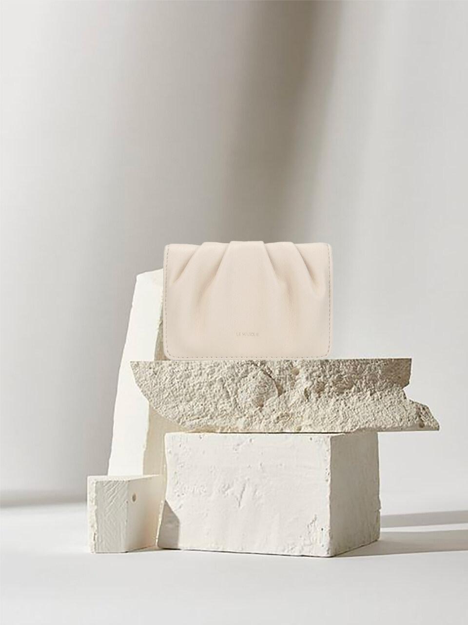 Dough Card Case White